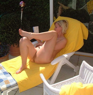Outdoor Milf Juggs